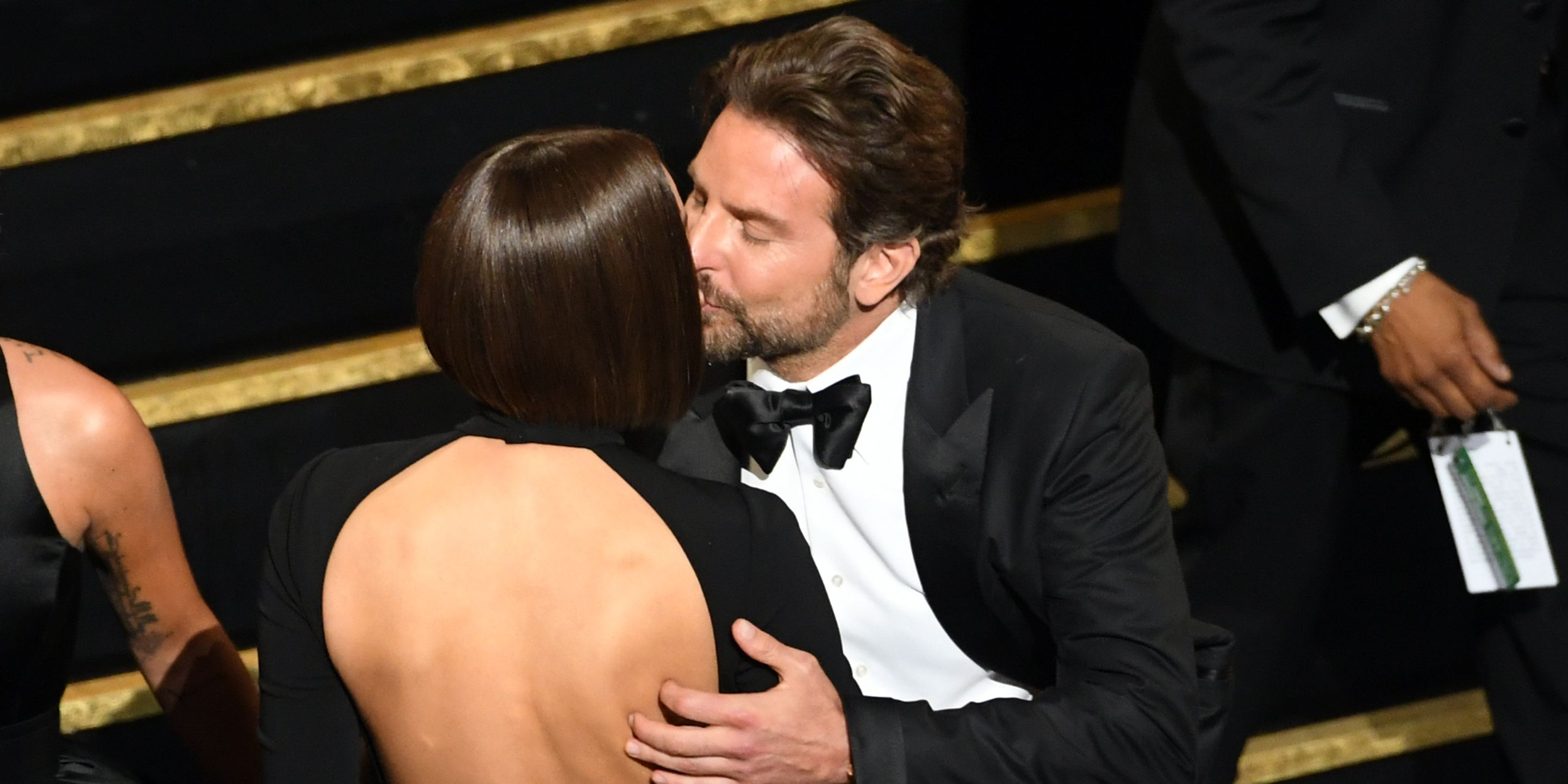 Bradley Cooper Amp Irina Shayk Snuck In Some Adorable Pda At